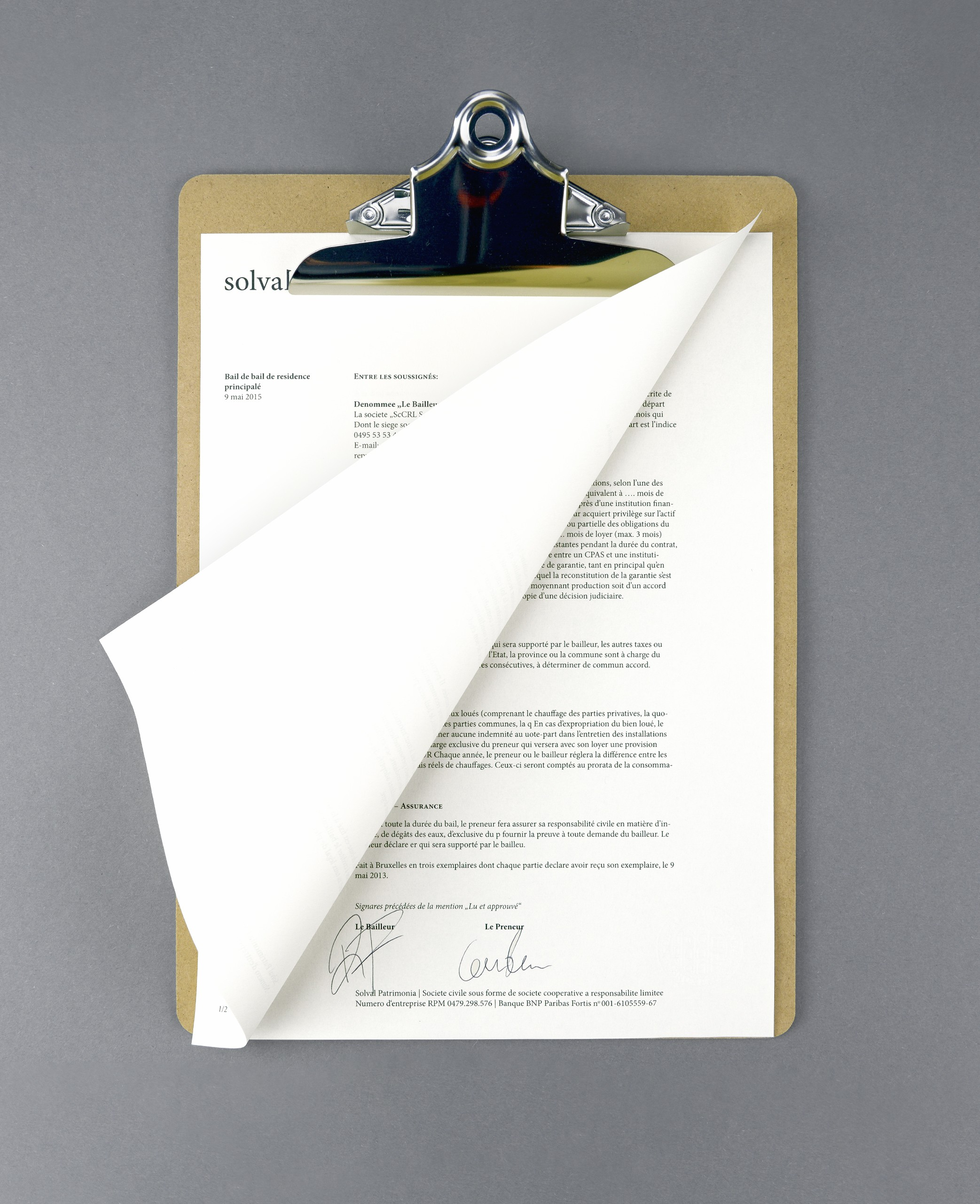 Contract Example Solval